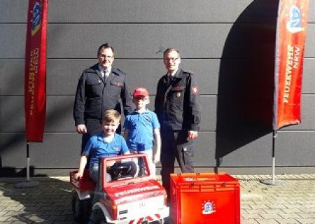 Starterpakete für die Kinderfeuerwehr der Stadt Arnsberg